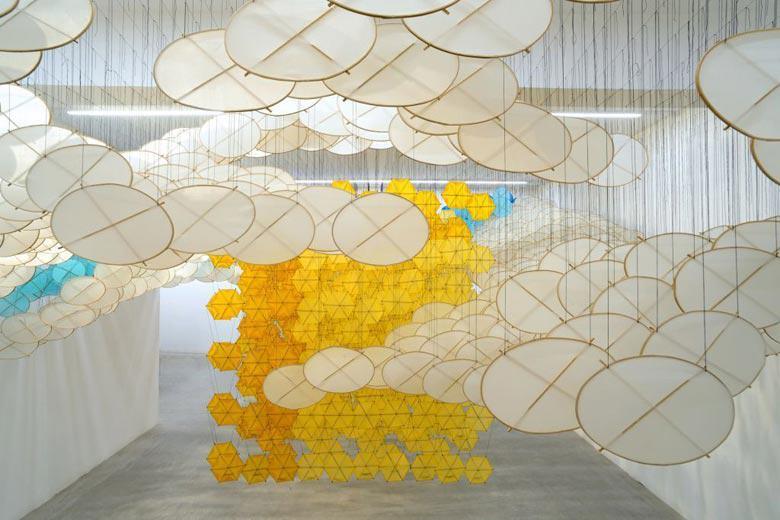 Jacob Hashimoto, The Other Sun, 2012, bamboo, paper, dacron, acrylic, Courtesy the artist and Ronchini Gallery, Photo Michele Sereni