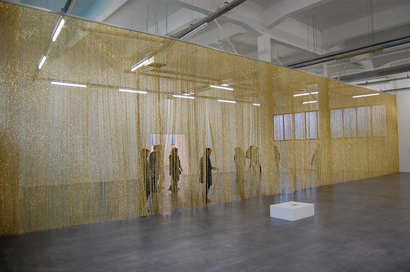 Felix Gonzalez Torres, Untitled (Golden), 1995