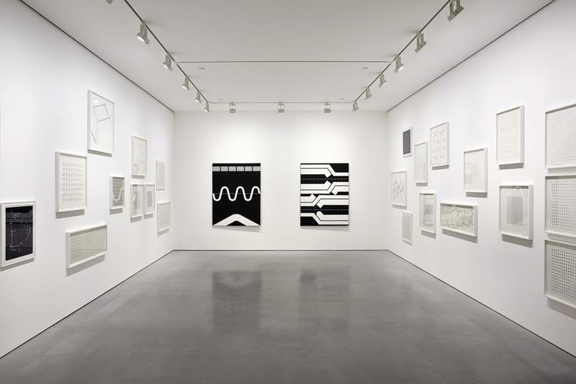 Manfred Mohr one and zero installation view 11