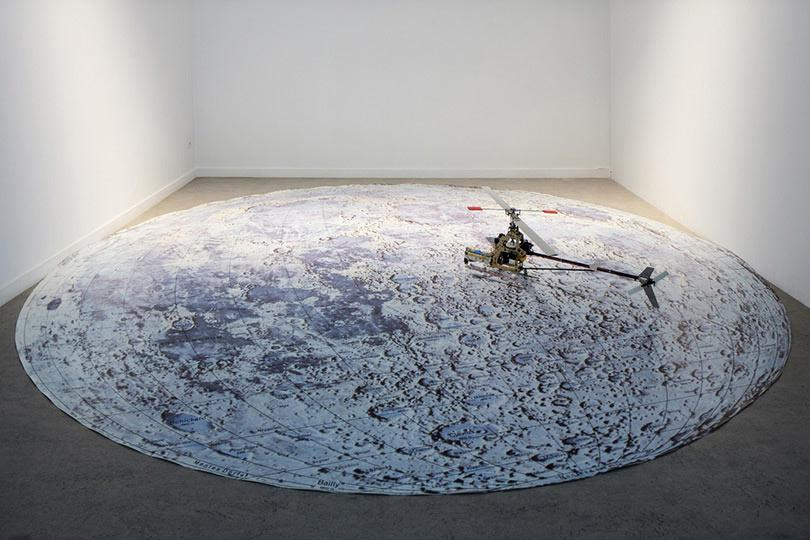 Roman Signer Moonflight
