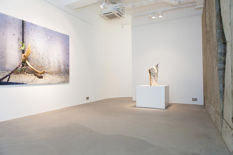 Installation view, Khaled Jarrar, Whole in the Wall, Ayyam Gallery London, 2013, Courtesy the artist and Ayyam Gallery, Photo Susanne Hakuba (10)