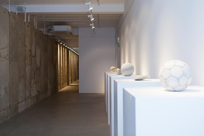 Installation view, Khaled Jarrar, Whole in the Wall, Ayyam Gallery London, 2013, Courtesy the artist and Ayyam Gallery, Photo Susanne Hakuba (17)