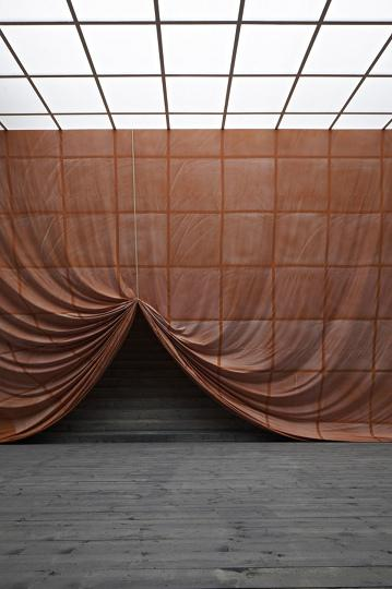 Ulla von Brandenburg Innen ist nicht Auben Installationsansicht installation view Secession 2013 photo Wolfgang Thaler02
