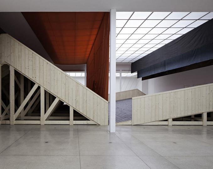 Ulla von Brandenburg Innen ist nicht Auben Installationsansicht installation view Secession 2013 photo Wolfgang Thaler04