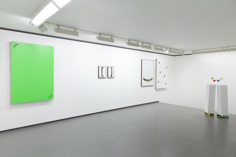 Gabriele De Santis: Drop it like it's hot, installation view