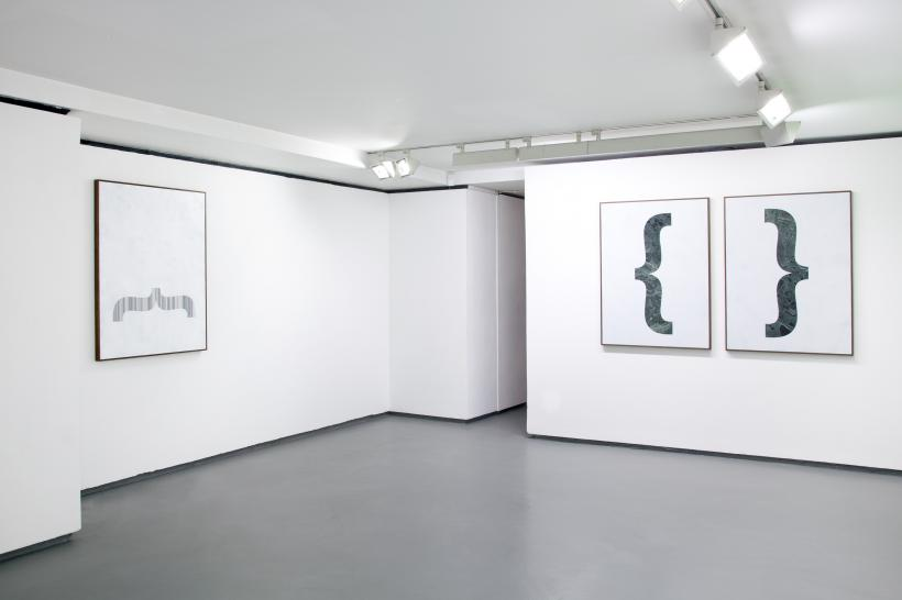 Gabriele De Santis: Drop it like it's hot, installation view