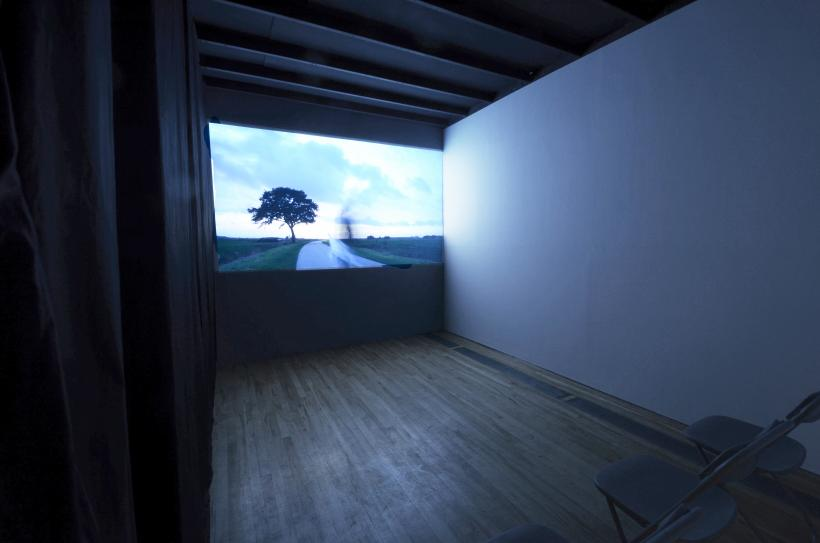 Nummer zeven (The clouds are more beautiful from above), Video projection, 8:48 minutes