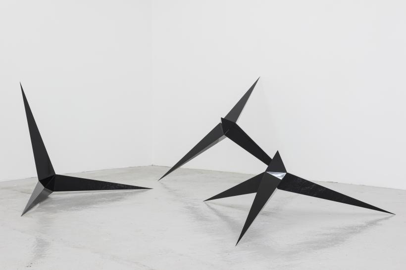 Falling Stars, A Strong Affinity, Installation view at Hannah Barry (2014)