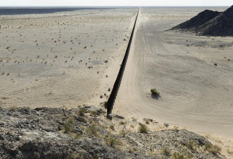 Pedestrian Fencing, Desierto de Altar/Yuma Desert