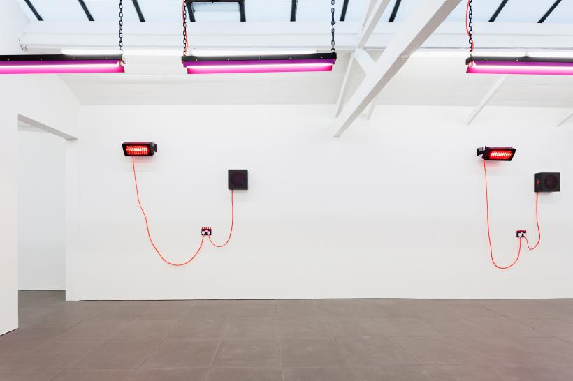 Installation view, DRAY
