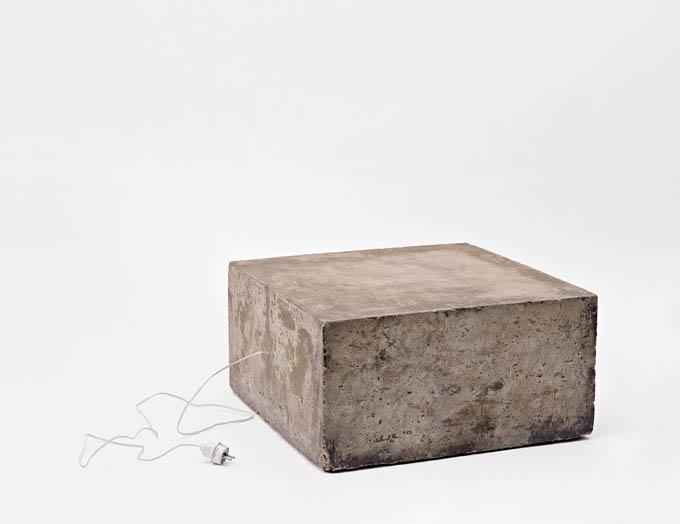 9 BruceNauman ConcreteTapeRecorderPiece