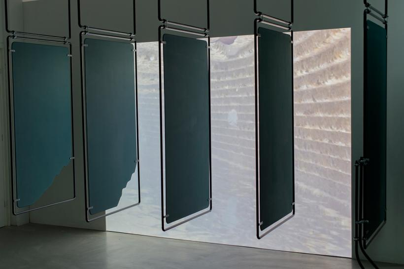 Dan Walwin, Sun room, installation view at P/////AKT, 2015