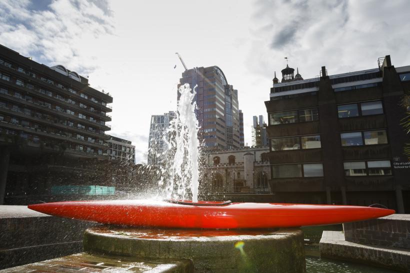 Kayak with Fountain