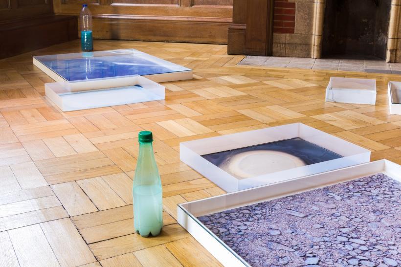 Hayley Tompkins,  'Digital Light Pool (stone)' (2013)