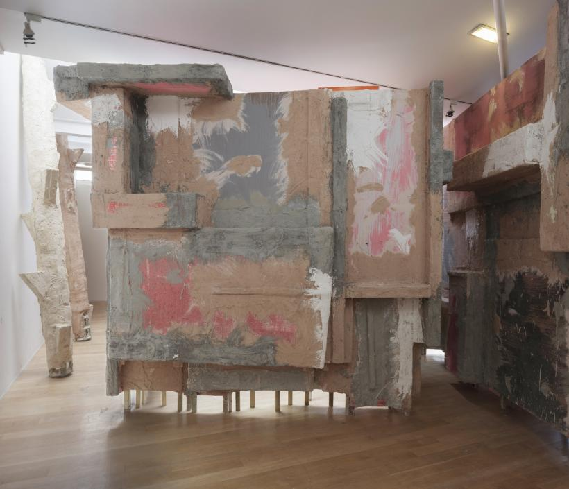 Installation view: set, The Fruitmarket Gallery, Edinburgh, 2015. Left to right: untitled: lookout post, 3, 2015, polystyrene, wire mesh, timber, sand, PVA, plaster, bonding plaster, 420 x 85 x 65 cm; untitled: lookoutpost, 2, 2015, polystyrene, wire