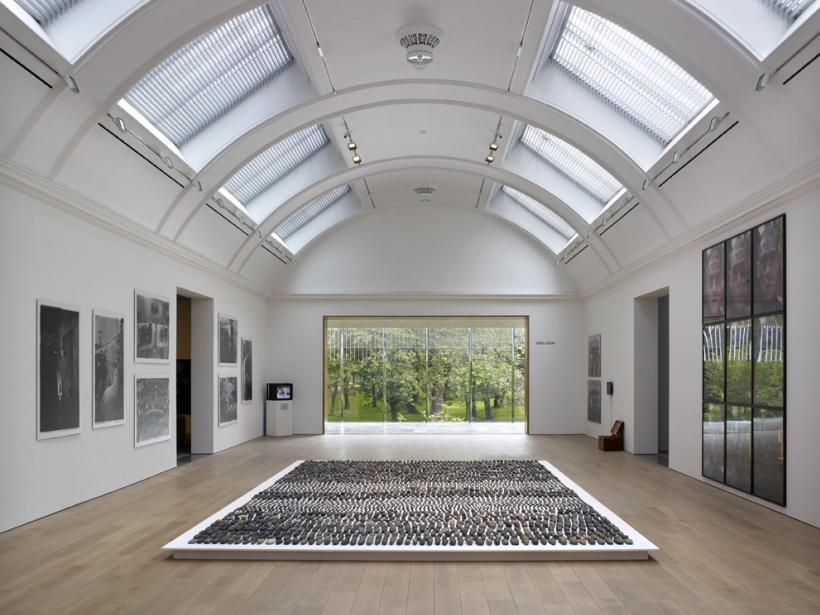 The M+ Sigg Collection: Chinese Art from the 1970s to Now, The Whitworth, Manchester. Central Gallery