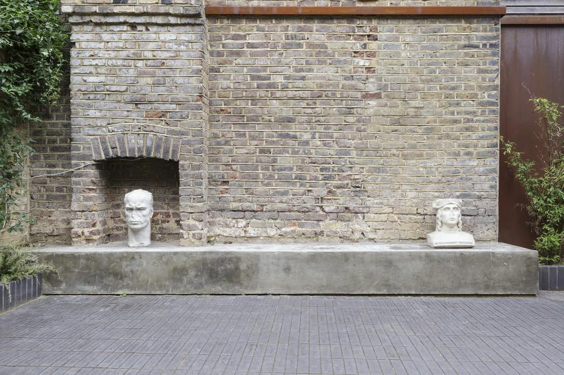 EMPO AL TEMPO. ART FROM ANNO DOMINI TO RONI HORN, Installation View, Roman Road, London, 2015.