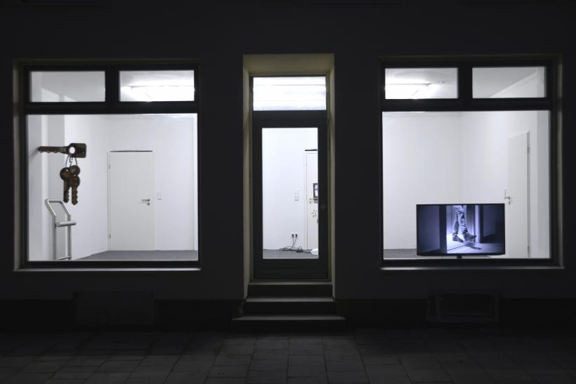 Reverse Time Your eyes will lie, Installation View