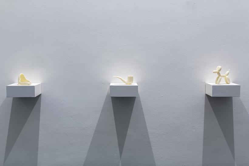 l-r Urinal, 2011, 9 x 11 x 15cm; Pipe, 2012,  7 x 15 x 6cm;  Balloon Dog, 2011, 13 x 15 x 5cm