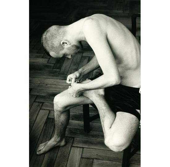 2004 Anders pulling splinte  Press Image