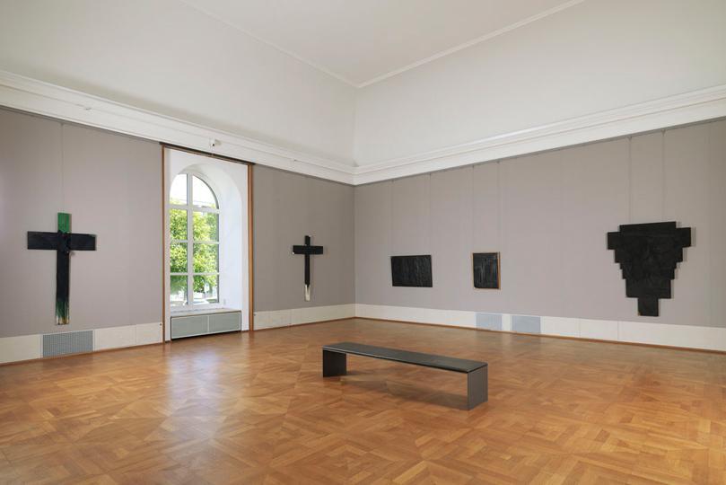 14Interiorview in the Alte Pinakothek