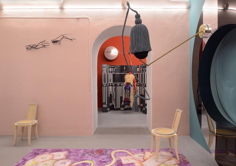 Mundus Muliebris, Installation View