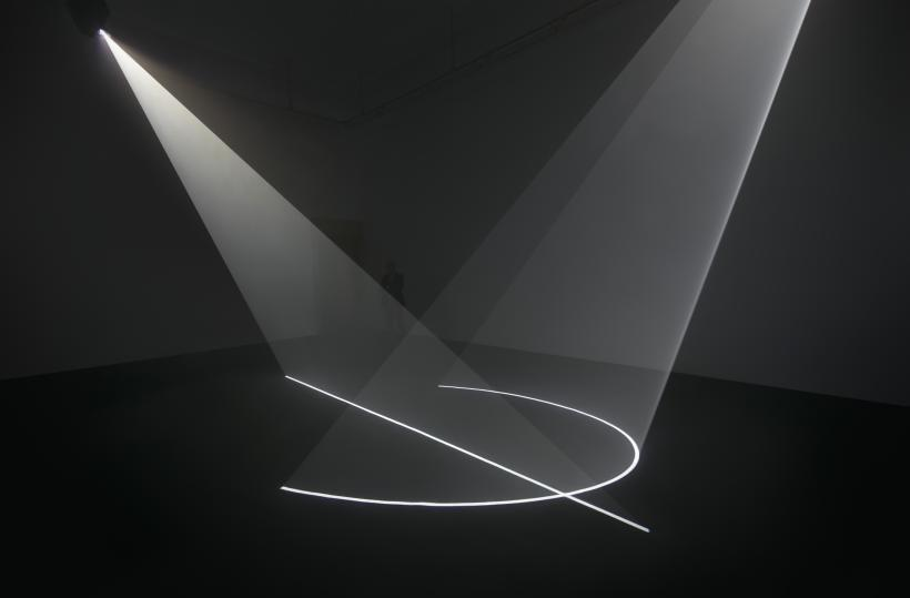 Anthony McCall, Coming About, 2016, Installation View. Fundació Gaspar, Barcelona, Spain.