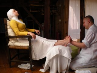 Foot Washing For The Sole