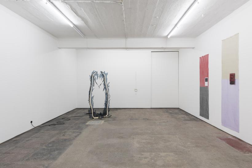 Lonesome Wife, Seventeen, installation view