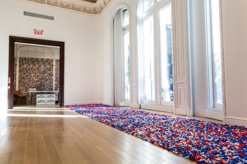 """Felix Gonzales-Torres, """"Untitled"""" (USA Today), 1990, candies individually wrapped in red, silver, and blue cellophane, endless supply, 1996."""