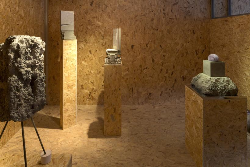 Installation view, l-r: Totem VIII, 2017, plaster, steel, cement, polystyrene, stone effect; Slabs on Stone II, 2016, carved stone, linoleum, oil paint, stone effect, timber; Slabs on Stone I, 2016; Totem I, 2016