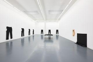 Amanda Ross-Ho, installation view, Bonner Kunstverein, 2017. Photo: Mareike Tocher