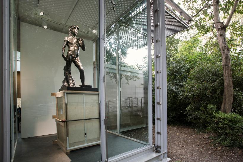 Cody Choi, Cody's Legend vs. Freud's Shit Box, Ed 2/3+AP, 2017. Bronze, wood, steel. Installation view at the Korean Pavilion, 57th International Art Exhibition, La Biennale di Venezia.