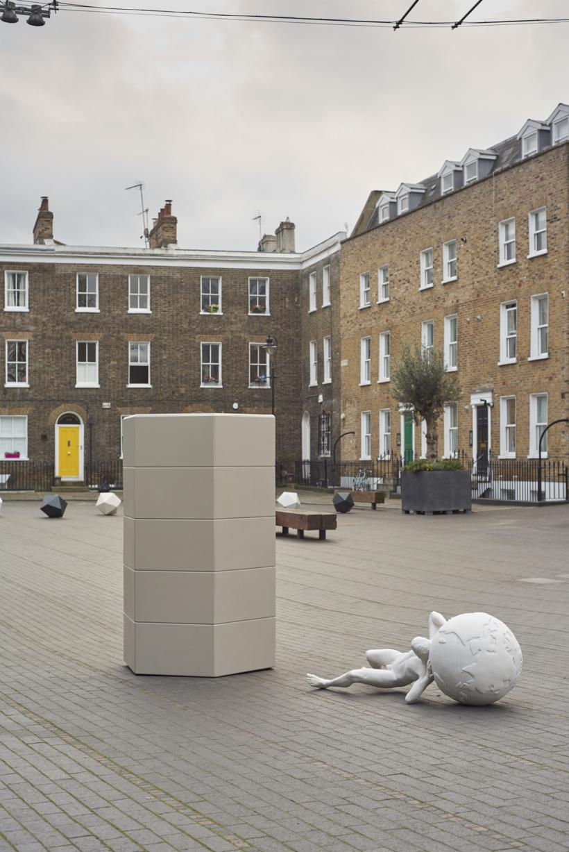 Lucy Tomlins, Pylon and Pier, 2017. SCULPTURE AT Bermondsey Square.