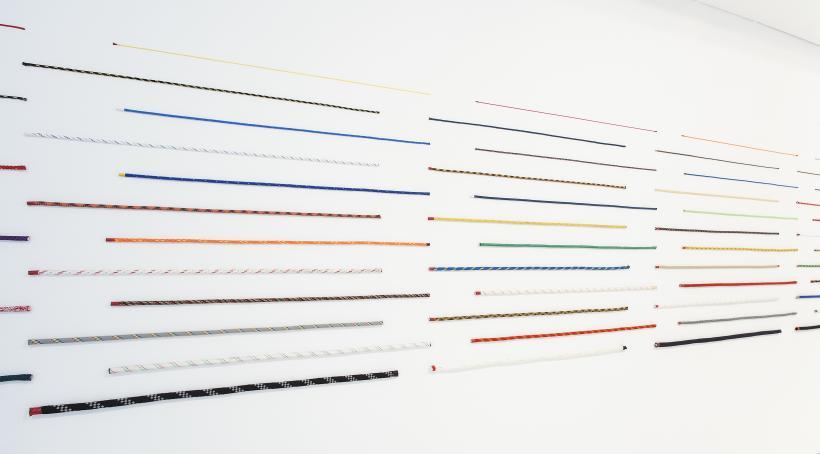 Jac Leirner, 120 Cords, 2014.