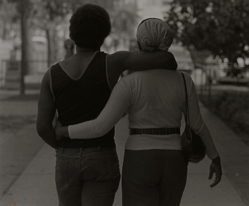 Roy Decarava, Couple Walking