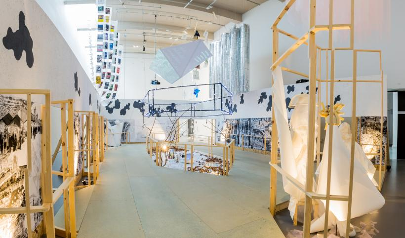 The edge parallel (of life and architecture installation view 6