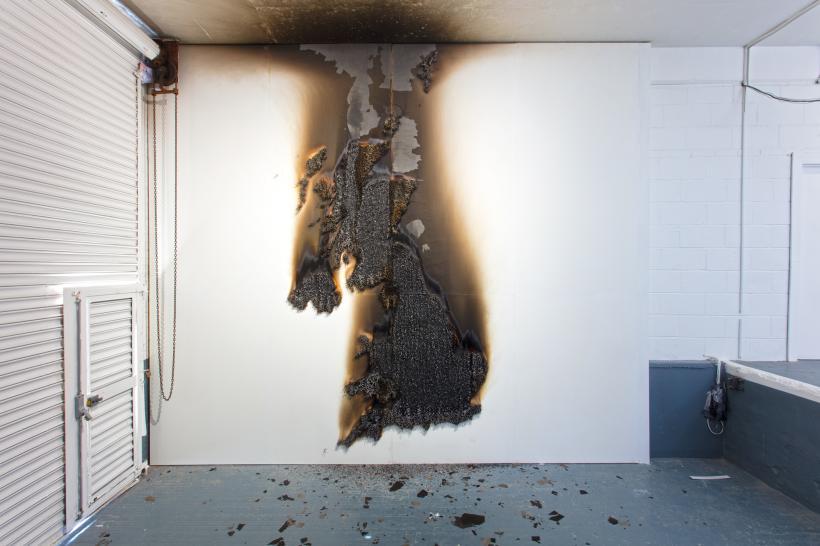 UK Burnt/Unburnt, Claire Fontaine.