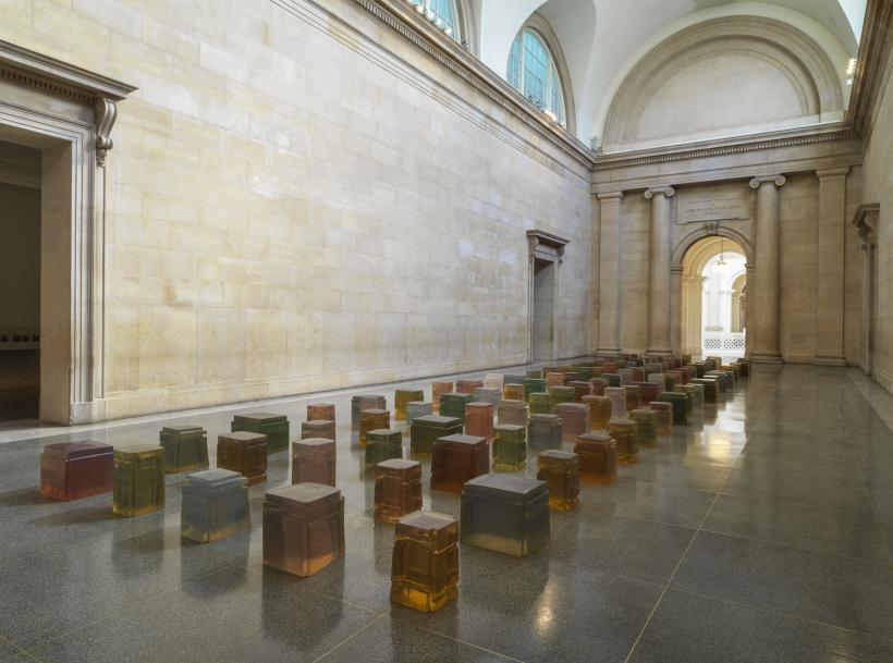 Untitled (One Hundred Spaces), 1995, Resin, Various dimensions