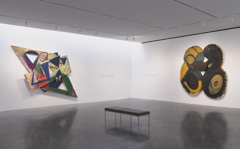 Installation view of Elizabeth Murray: Painting in the '80s 510 West 25th Street, New York