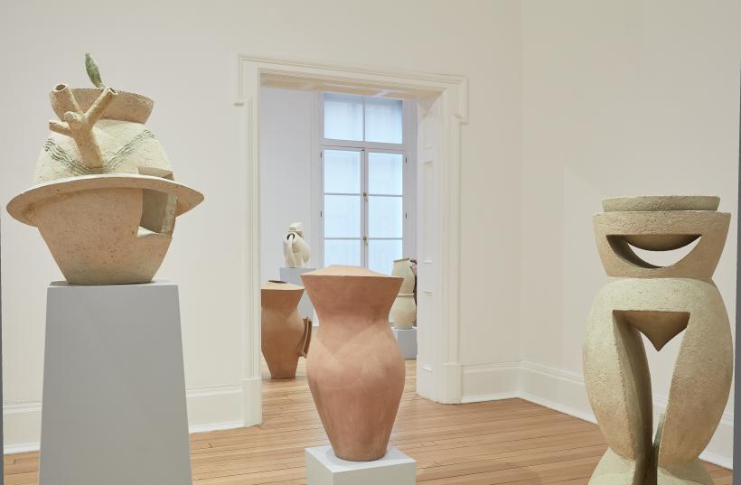 Phillip King, Ceramics 1995-2017, 2017. Installation view