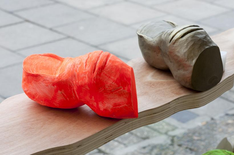 Alice Browne, SOUVENIRS (detail) 2019 Plaster, acrylic paint, wax and pigment; wood, battery-operated tea lights 100 x 275cm; individual toe sculptures 15 x 7 x 8cm