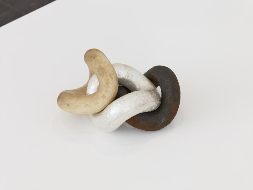 Lucie Gledhill, Chain, 2019 (detail). Wood, iron and silver.