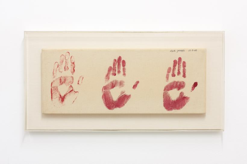 Susan Hiller, Red Proofs, 1969. Acrylic paint on canvas, 20 x 51 cm.