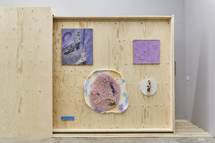 Installation View - Stevie Dix, Simon Mathers, Lotti V Closs, Sebastian Sochan, Rafal Zajko