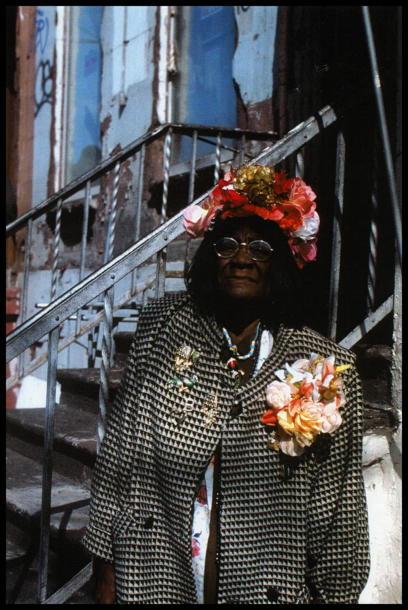 Ming Smith, Flower Lady, 1996, archival print, 35.6 x 27.9 cm