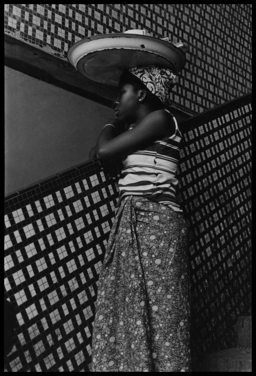 Ming Smith, Symmetry on the Ivory Coast, Abidjan, Ivory Coast (1972), Archival silver gelatin print, 50.8 x 40.6 cm