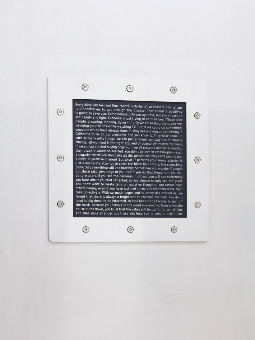 Sung Tieu, Ego Scenario, 2020 silkscreen on stainless steel mirror, Goldman Sans, stainless steel, 240 x 115 x 1 cm, detail