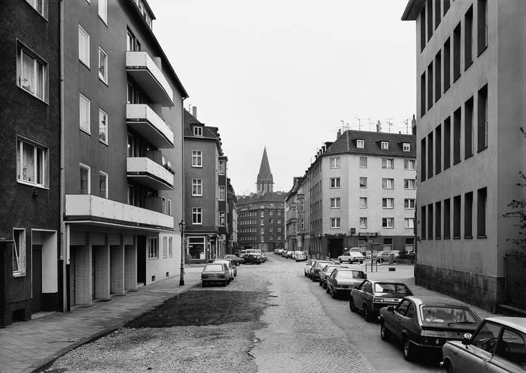 Struth Duesselstrasse 1979