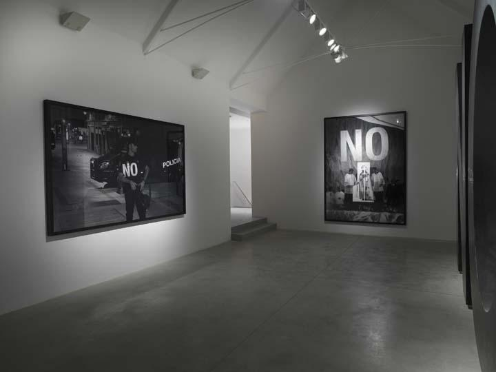 SANTIAGO SIERRA, Dedicated to the Workers and Unemployed, Installation view, Lisson Gallery, London 2012 1
